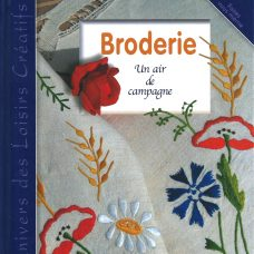 """Broderie - Un air de campagne"" aux éditions Carpentier."